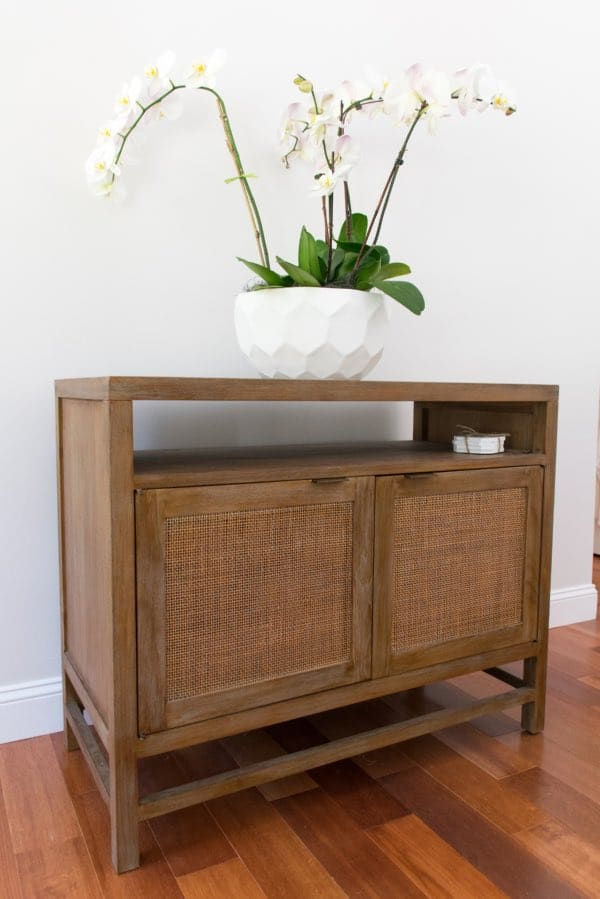 Coastal Cottage living room console