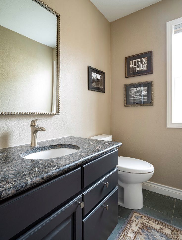 Powder Room with Benjamin Moore Onyx cabinets and color review